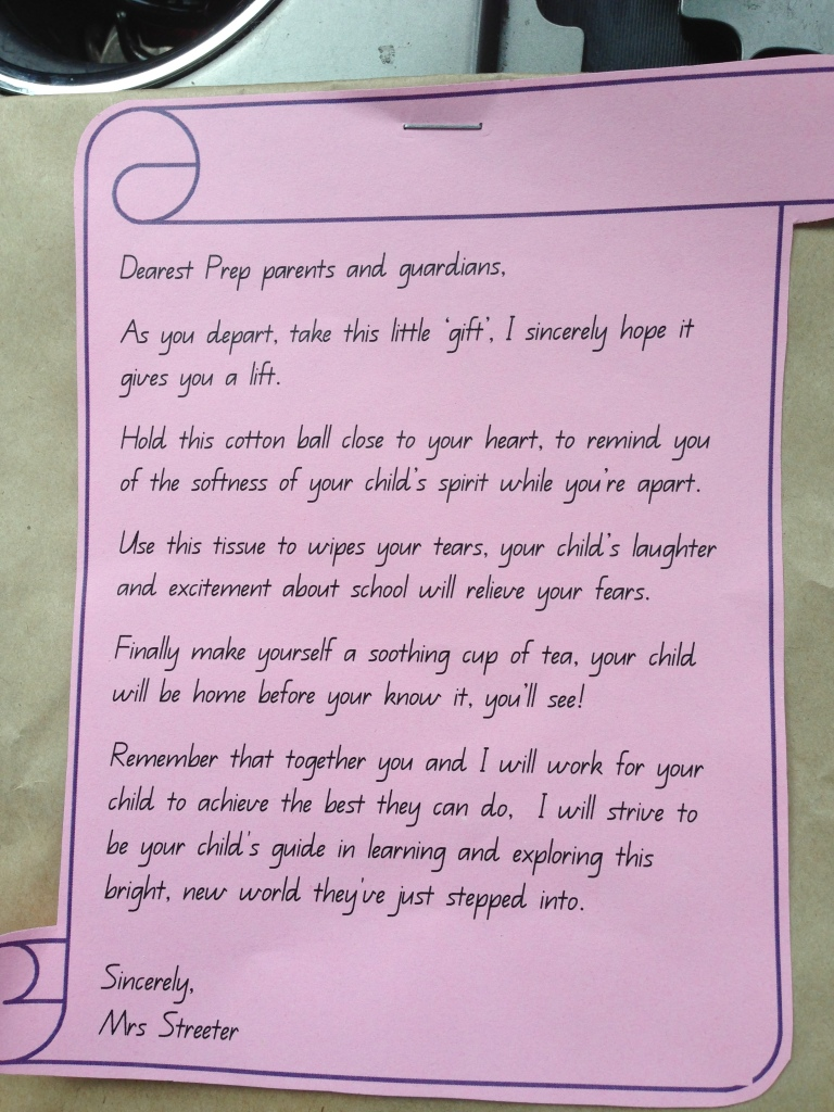 The note that I got as I left her classroom. Up until I saw this there were no tears from her or I...