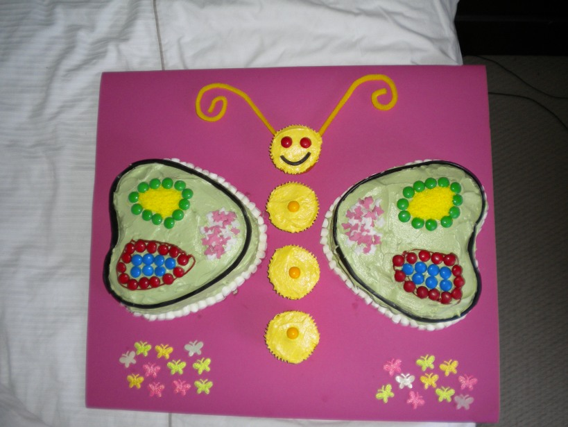 Next was my daughter's 2nd birthday cake :)