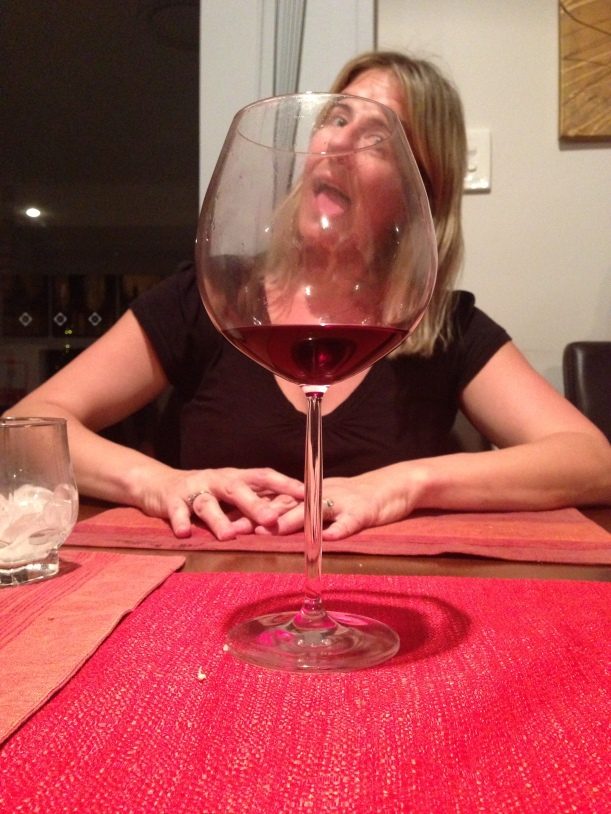 It really is as big as it looks - the glass that is - not my tongue!!